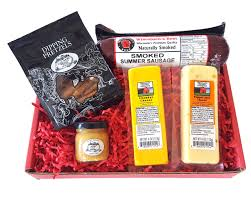 wisconsin cheese gift baskets wisconsin cheese sausage dipping gift box