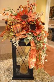 Lanterns With Flowers Centerpieces by Best 25 Fall Lanterns Ideas On Pinterest Fall Decor Lanterns