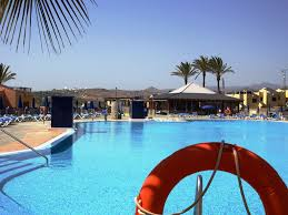 2 br sunny villa close to sea holiday homes nearby the ocean and