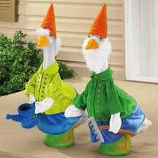 tacky lawn geese thedingleberry