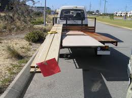 Oversize Load Flags Non Compliance Examples Main Roads Western Australia