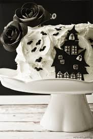 Halloween Cake Decorating Ideas by 82 Best Halloween Treats Images On Pinterest Halloween Treats