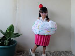 cupcake costume diy cutie cupcake costume a crafted lifestyle