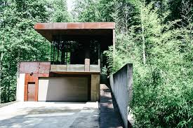 modern treehouses childhood turned into a luxury getaway