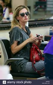 rhea durham at a nail salon in beverly hills having a manicure