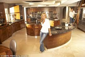 Walk In Play Kitchen by Inside The Lavish Lifestyle Of Real Housewives Of Cheshire U0027s Dawn