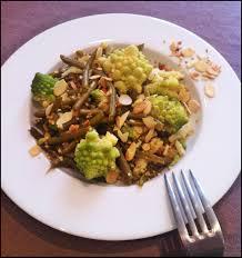 cuisiner chou romanesco healthy meal poêlée de chou romanesco haricots verts amandes