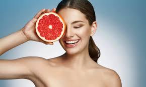 alimenti fanno bene ai capelli capelli i cibi perfetti per renderli pi禮 sani e belli urbanpost