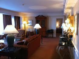 prix chambre disneyland hotel suite cendrillon salon photo de disneyland hotel chessy tripadvisor