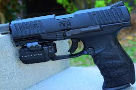 walther ppq laser light tired of unreliable 22 pistols grab a walther ppq m2 sd 22 video
