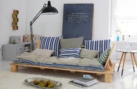 sofa paletten palettenbett bilder ideen couchstyle