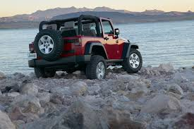 how wide is a jeep wrangler 2008 jeep wrangler overview cars com