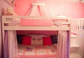 Rooms To Go Princess Bed Decorating A Shared Kids Room On A Budget Clutterbug Me