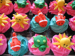 under the sea cupcakes under the sea themed cupcakes for a u2026 flickr