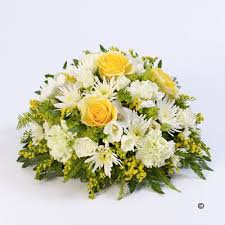 flower for funeral funeral flower collection free delivery fsd florists