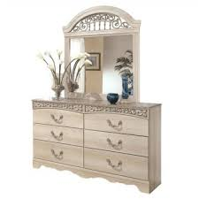 Bedroom Furniture Dresser With Mirror by Dresser And Mirror