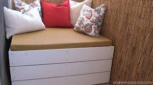 Diy Bench With Storage Diy Outdoor Storage Bench Smart Diy Solutions For Renters