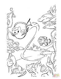 dory swims fast coloring free printable coloring pages