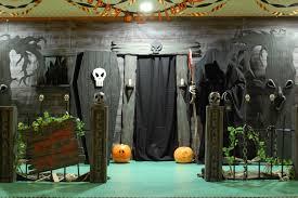 scary halloween yard displays halloween house decor