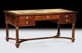 scrivania stile impero scrivania da centro impero in mogano 1880 circa antiquariato e