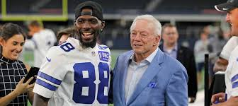 who is performing at the dallas cowboys thanksgiving game spagnola there is nothing wrong with putting a little love in