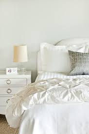 300 bedroom makeovers southern living clean crisp bedroom makeover