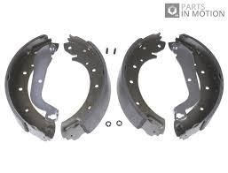 nissan serena c23 brake shoes fits nissan serena c23 rear 2 0 2 0d 92 to 01 set adl