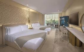 resort five palm jumeirah dubai uae booking com