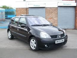 renault clio 1 1 5 door 2005 60k 2 owners from new sunroof service