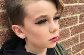 hair styles for 11 year oldboys this adorable 10 year old boy s makeup tutorials are going viral