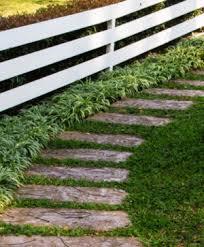 vialetti in ghiaia v di vialetti da giardino idee per sentieri camminamenti e