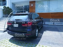 Bmw X5 Blue - blue bmw x5 drive 35i 2017 model lima stock photo 637945538 istock