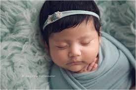 baby photographers bentonville baby photographers elianna newborn session