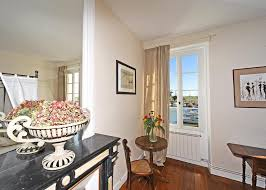 gironde chambre d hotes bed and breakfast chambres d hotes la rive mortagne sur gironde
