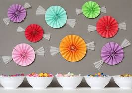 these wall decorations are simple and decorations for a
