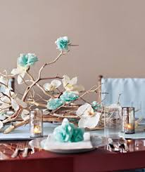 Diy Branches Centerpieces by 5 Cool Diy Branch Centerpieces For Holidays Shelterness