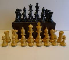 antiques atlas antique english weighted boxwood chess set