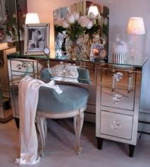 Mirrored Makeup Vanity Table Mirrored Vanity Table Interior Design