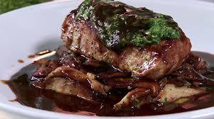 recette de cuisine viande recette longe de veau poêlée tapenade de persil shiitakes bios