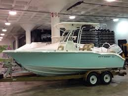 photo gallery of center console and sportfishing boat models with
