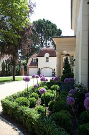 Front Of House Landscaping Ideas by 168 Best Corner Lot Landscaping Ideas Images On Pinterest