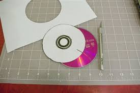 how to make a two circle wobbler from cds math craft wonderhowto