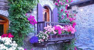immagini di giardini fioriti se un concorso balconi fioriti rende pi羯 la citt罌 l