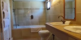Fleur De Lis Bathroom Belmond Fleur De Lys Southern Burgundy Canal Barge Cruises