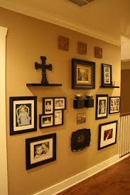 Photo Wall Ideas by 17 Diy Decorating Ideas With Frames Frames Greenery Diy Photo