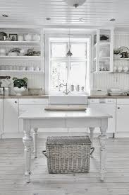Images Of Cottage Kitchens - best 25 rustic white kitchens ideas on pinterest cottage