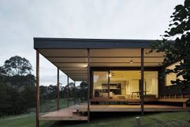 Inside the Batemans Bay shipping container house by architect Matt Elkan