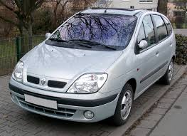 renault clio 2002 sedan renault scenic review and photos