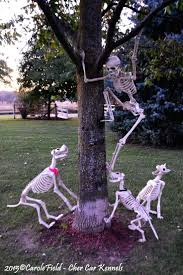 Scary Halloween Decorations Outside Ideas by Best 25 Outdoor Halloween Decorations Ideas On Pinterest Diy