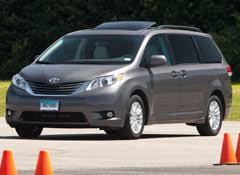 toyota 2011 awd 2011 toyota xle awd tire consumer reports
